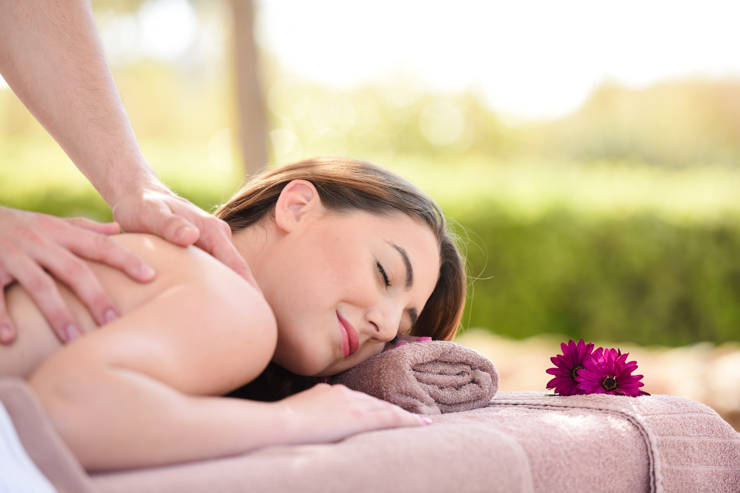 Give Your Physique A Therapeutic Massage