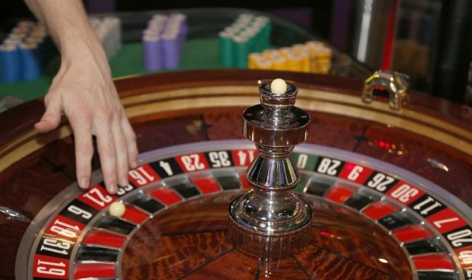 Online Gambling Games on the Best Pkv Games Sites