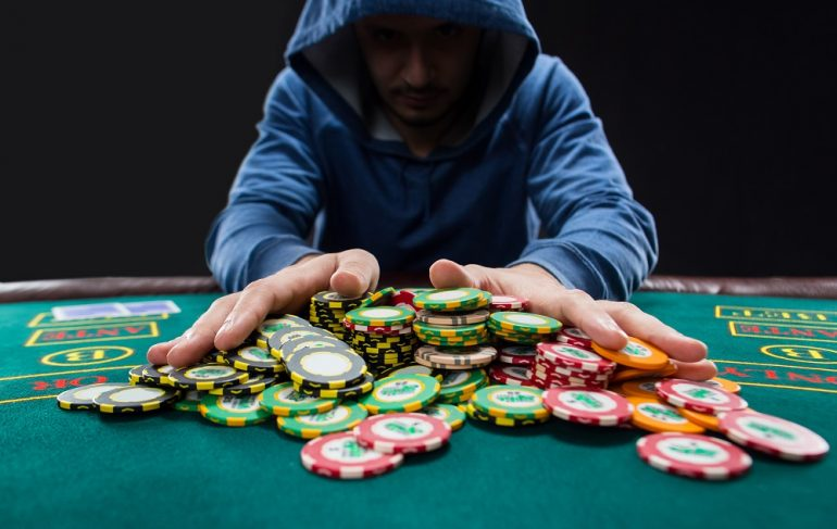Four Ways Twitter Destroyed My Gambling Without Me Noticing